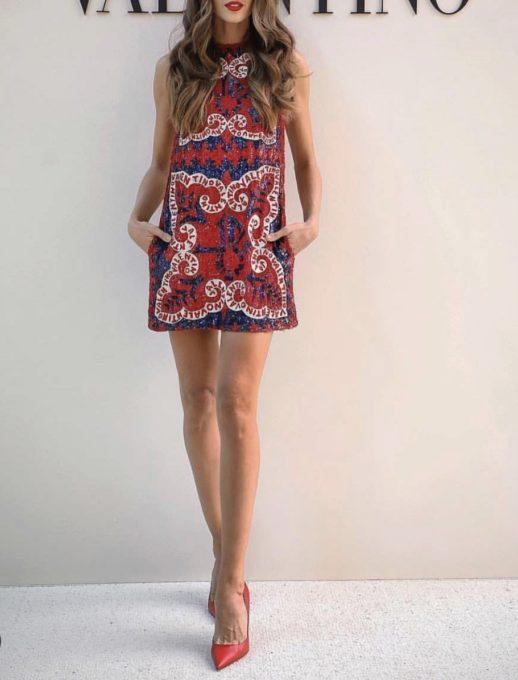 Κόκκινο εμπριμέ κοντό φόρεμα