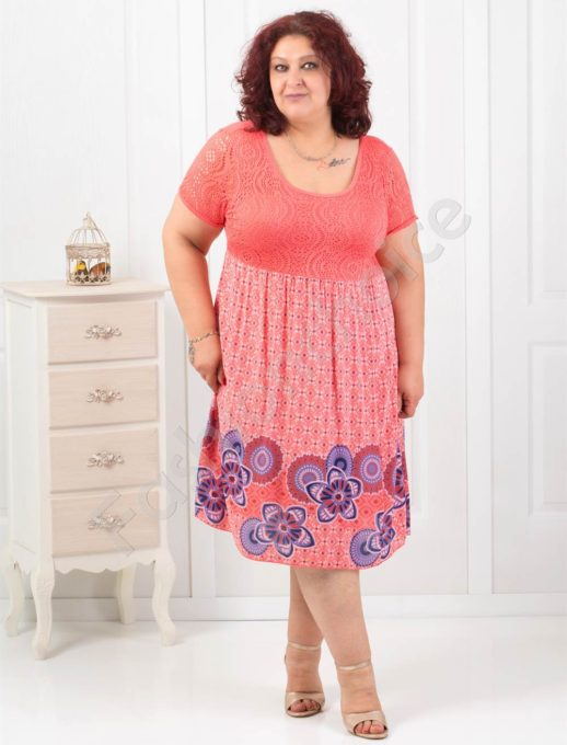 Φόρεμα με λεπτομέρεια δαντέλα σε πέντε χρώματα κωδ 550-1