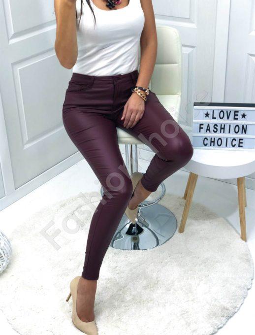 Μπορντό παντελόνι με όψη δερμάτινη κωδ 884