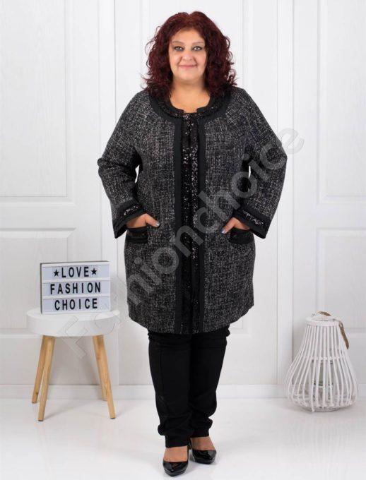 Μαύρο μάλλινο παλτό με μαύρες γυαλιστερές λεπτομέρειες κωδ 3673