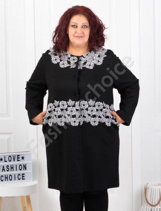 Μαύρο παλτό κεντημένο με λευκή δαντέλα κωδ 3618