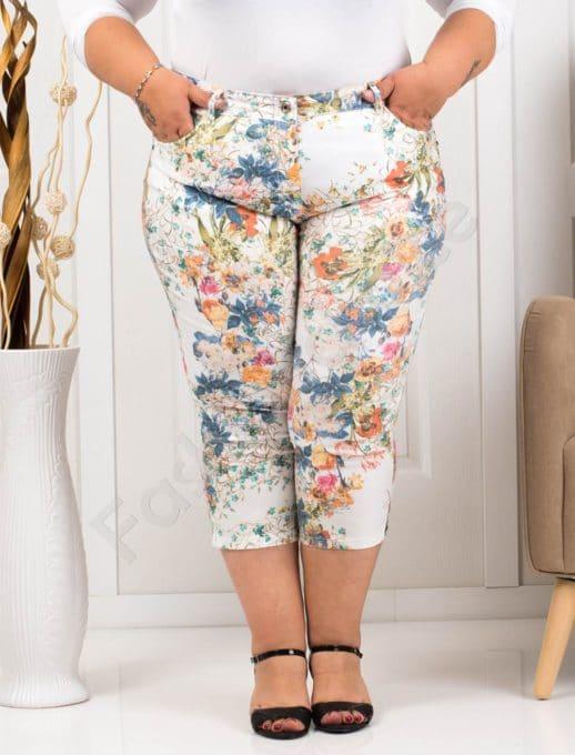 Παντελόνι κάπρι plus size λευκό με πορτοκαλί λουλούδια κωδ 988