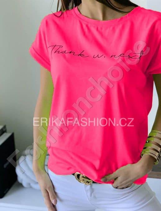 Μπλούζα με επιγραφή σε neon ροζ κωδ 965-11