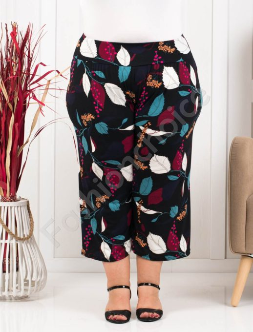Plus size κάπρι παντελόνι σε μαύρο-ντεσέν φύλλα κωδ 617-1